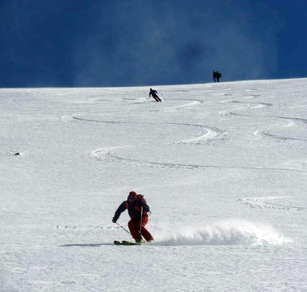 iceland-ski-touring-image-2
