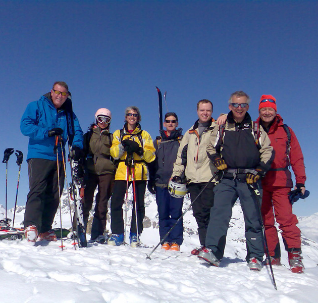 off-piste-introduction-group-photo